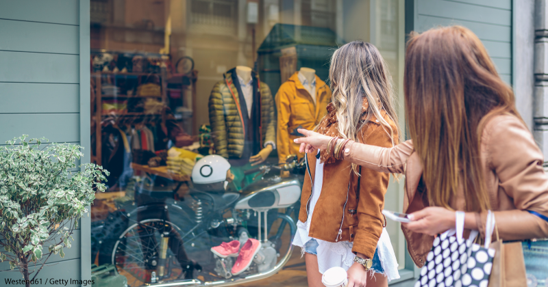 Maximize savings on in-store shopping using rewards cards